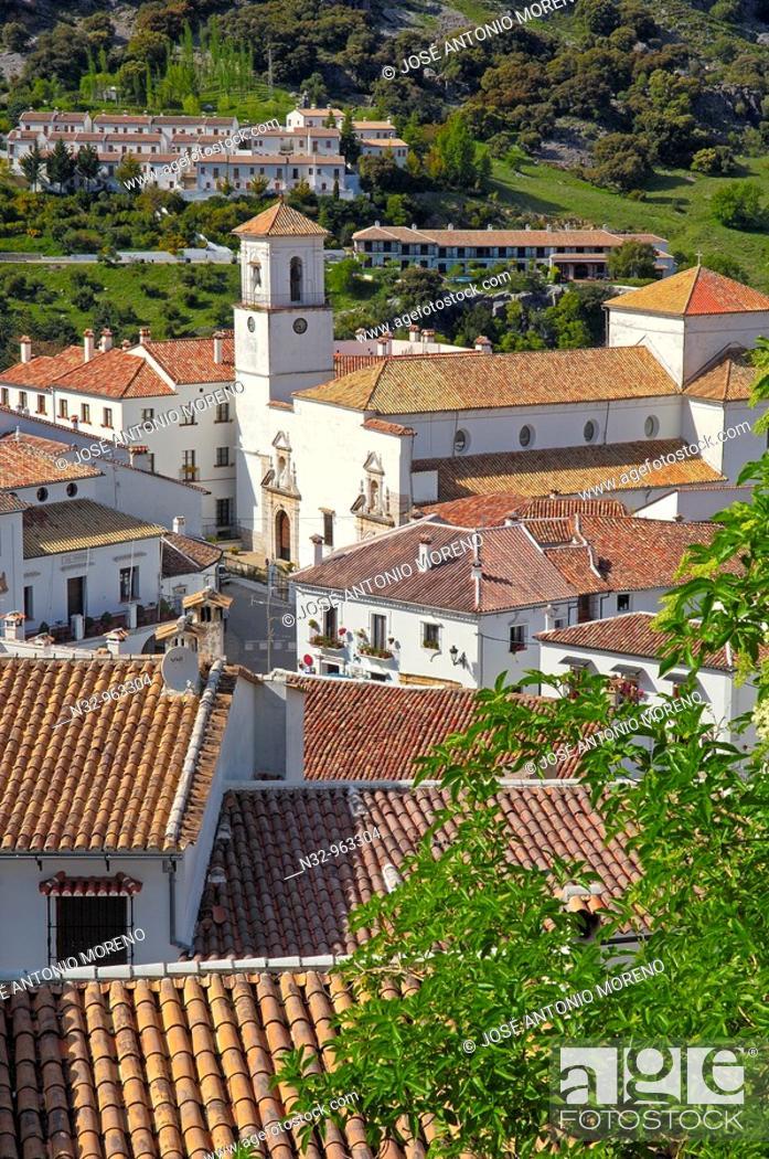 Stock Photo: Grazalema, White Towns of Andalusia, Sierra de Grazalema Natural Park. Cadiz province, Andalusia, Spain.