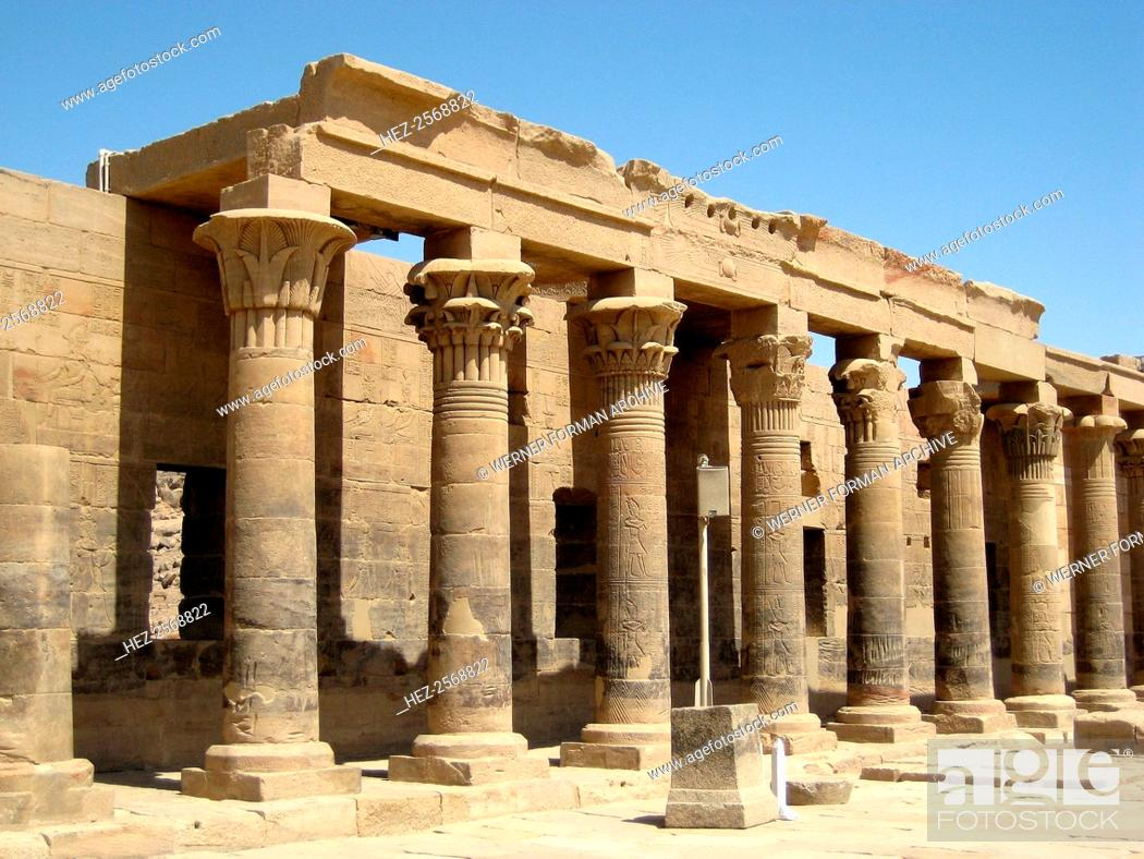 Colonnade Of Lotus Flower Topped Columns In The Hypostyle Hall Of
