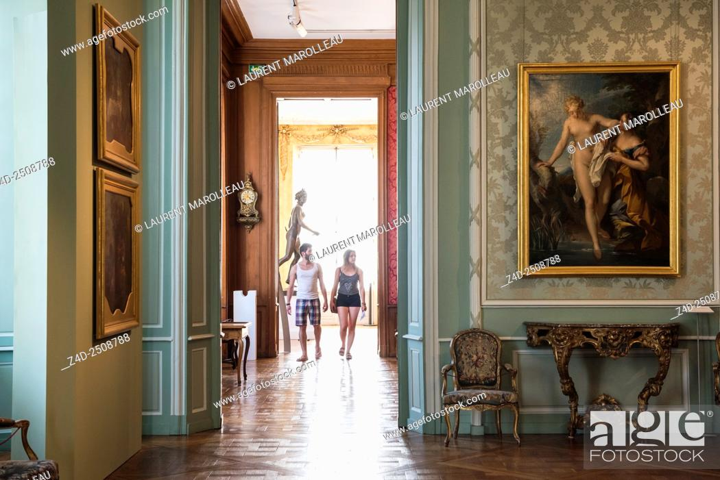 Imagen: Fine Arts Museum, in a Former Archbishop's Palace. Tours, Indre et Loire, Loire Valley, France, Europe.