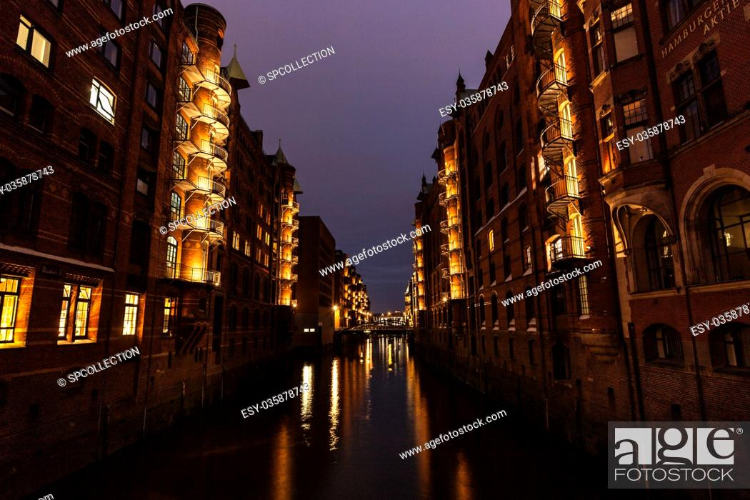 Stock Photo: Warehouse district by night in Hamburg.