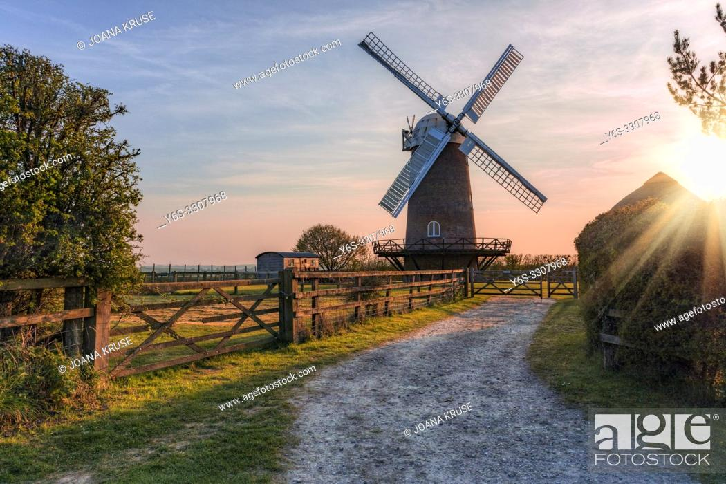 Imagen: Wilton Windmill, Wiltshire, England, United Kingdom, Europe.