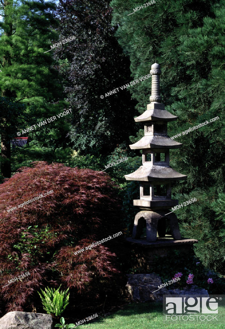 Leverkusen Japanischer Garten Steinpagode Stock Photo Picture