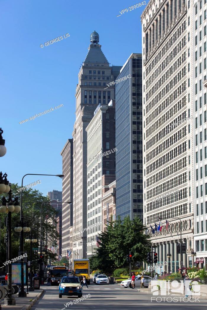 Imagen: buildings on South Michigan avenue.