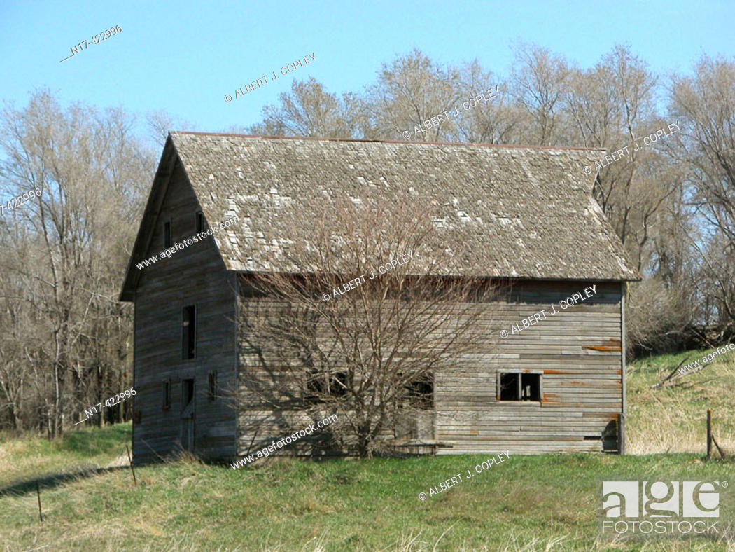 Stock Photo: abandoned barn, midwestern United States.