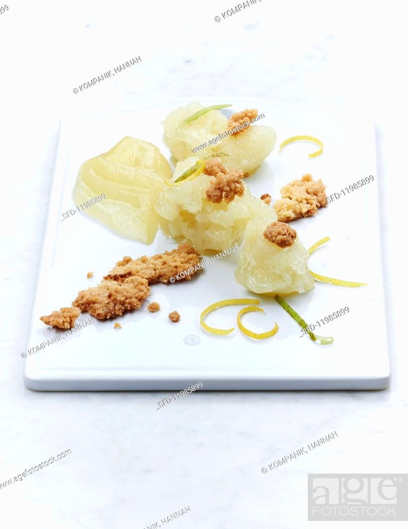 Photo de stock: Pear and celeriac sorbet with ginger crumbs.