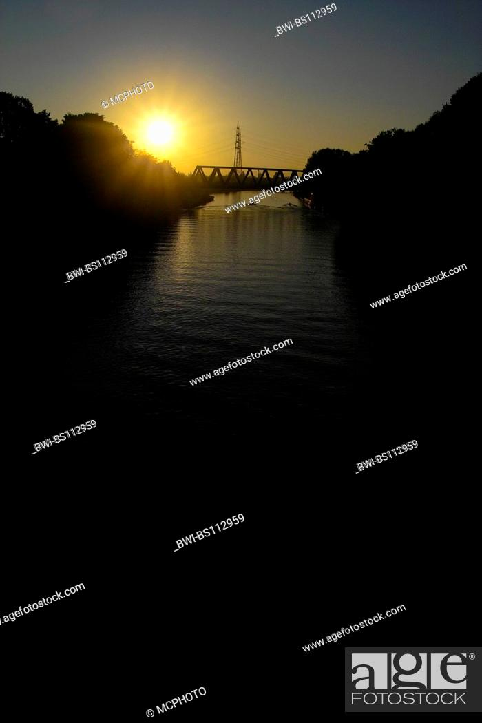 Stock Photo: Rhine-Herne Channel in the evening mood, Germany, North Rhine-Westphalia, Ruhr Area, Herne.