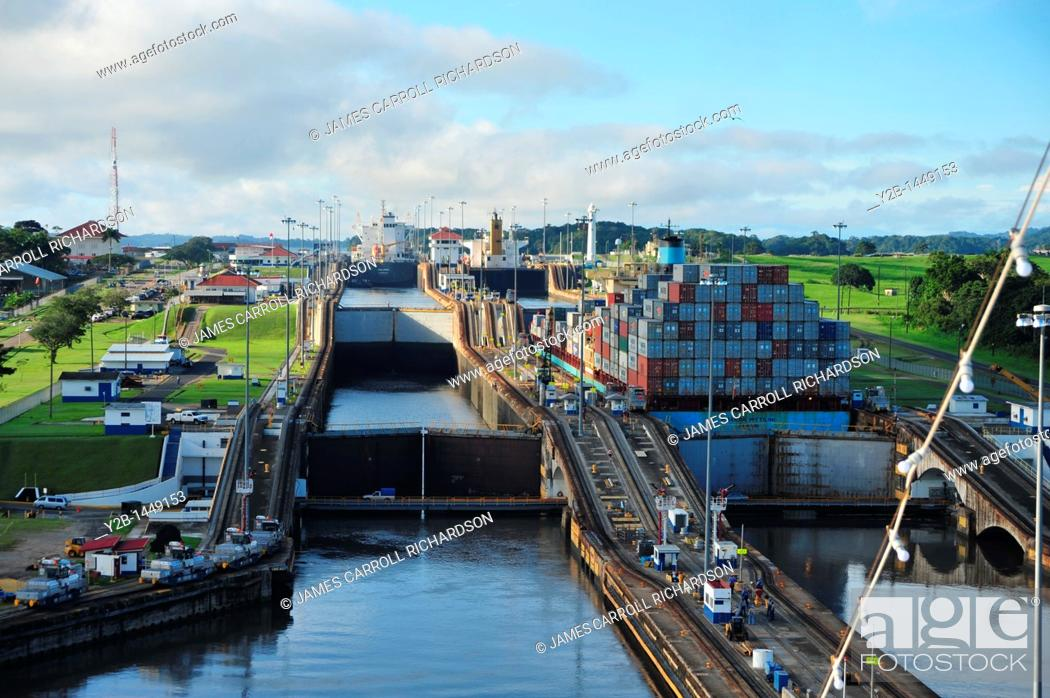 Stock Photo: Panama Canal locks toward Gatun Lake, Panama.