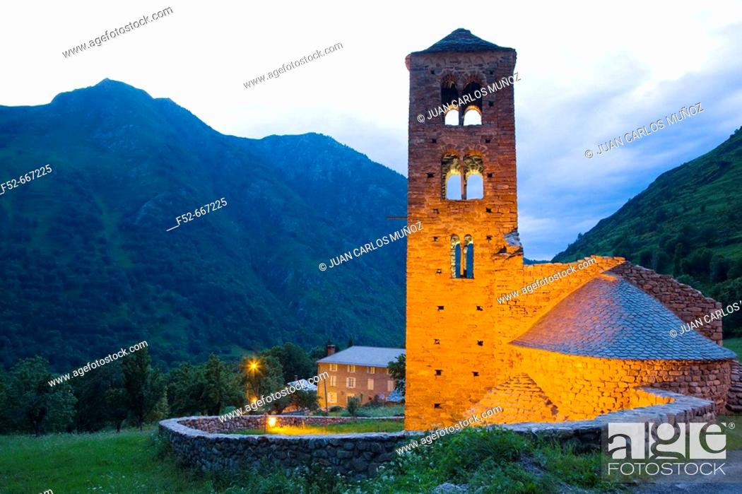 Stock Photo: France. Pyrenees Mountains. Aspe Valley. Mérens-les-Vals. Romanesque church.