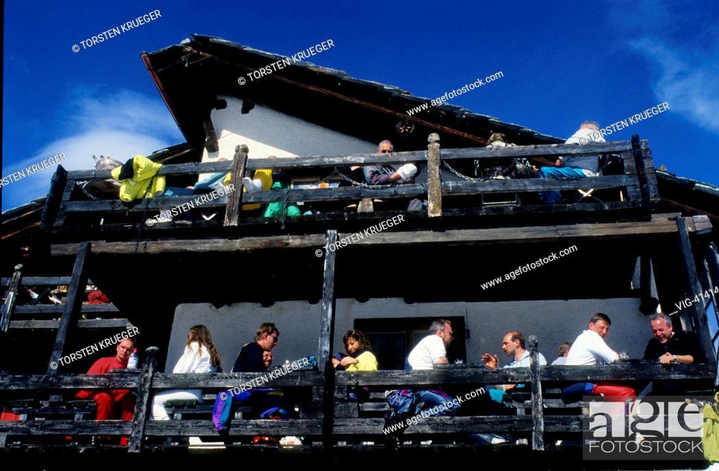 Stock Photo: Switzerland, Zermatt : Findeln.