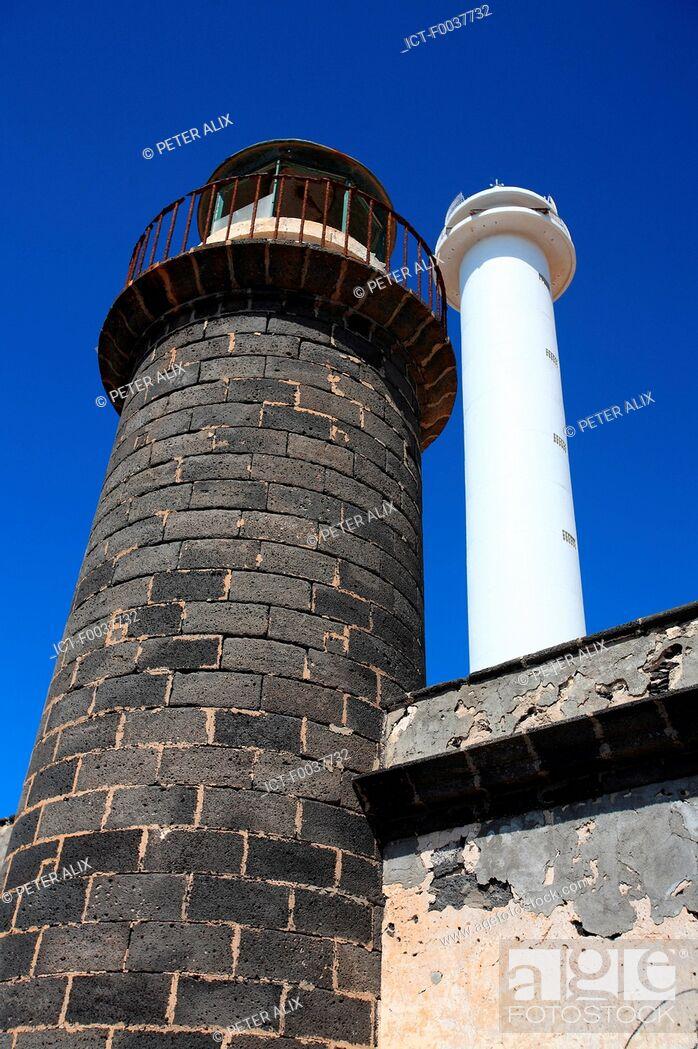Stock Photo: Spain, Canary islands, Lanzarote, Playa blanca, lighthouse of Punta Pechiguera.