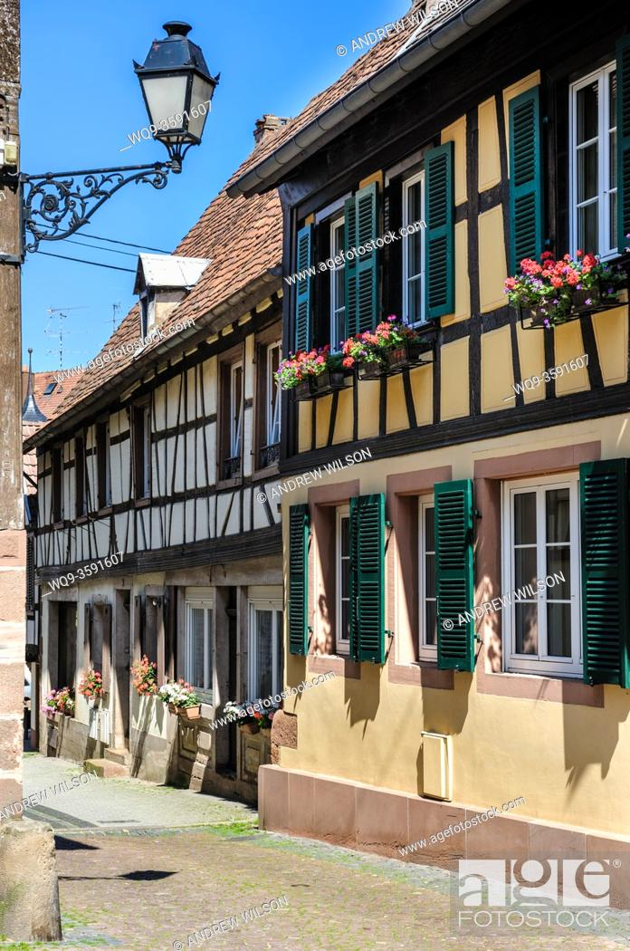Stock Photo: Centuries old half timbered houses in Bouxwiller, Alsace, France.