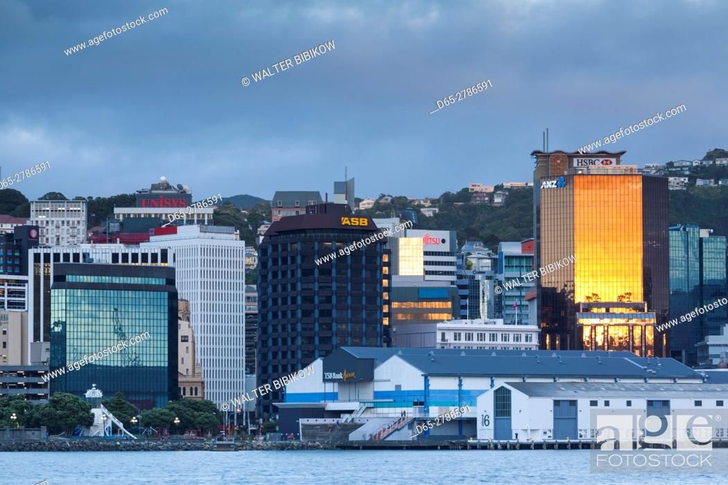 Stock Photo: New Zealand, North Island, Wellington, skyline from the harbor, dawn.