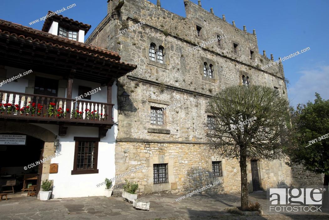 Stock Photo: Old buildings, Santillana del Mar, Cantabria, Spain, Europe.