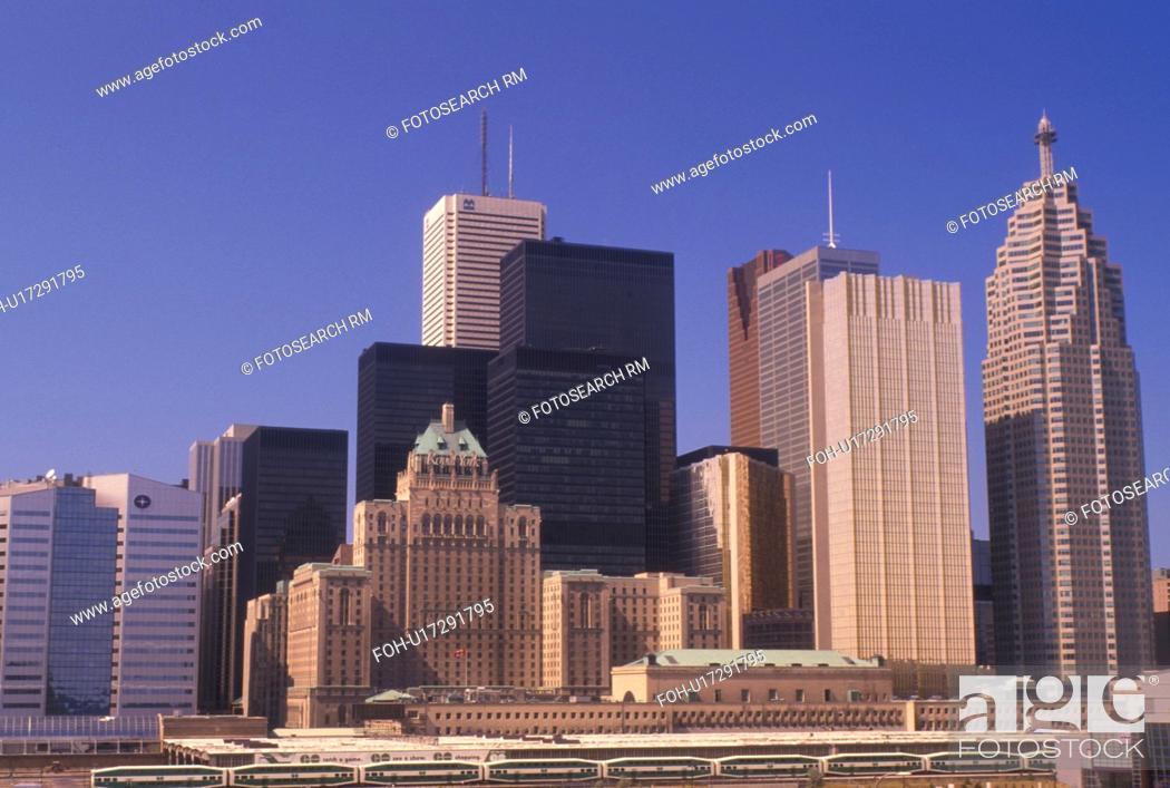 Photo de stock: Toronto, Canada, Ontario, Skyline of downtown Toronto.