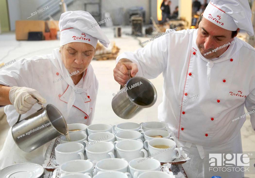 Stock Photo: Soup, preparing canapes, Divinus Catering, San Sebastian, Donostia, Gipuzkoa, Basque Country.