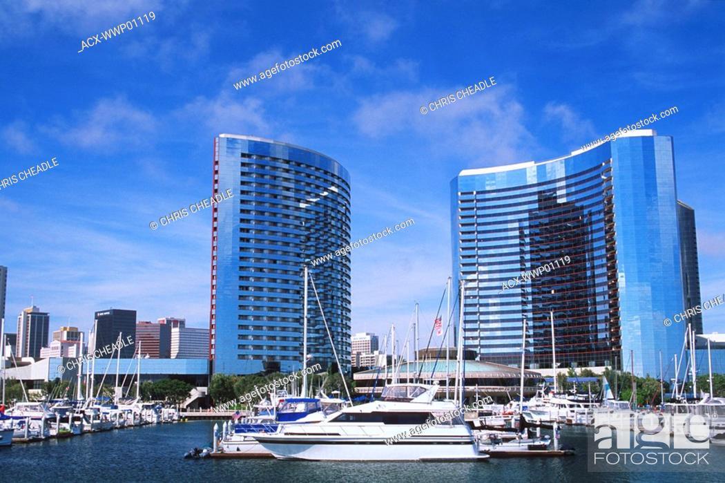 Imagen: USA, California, San Diego marina area.