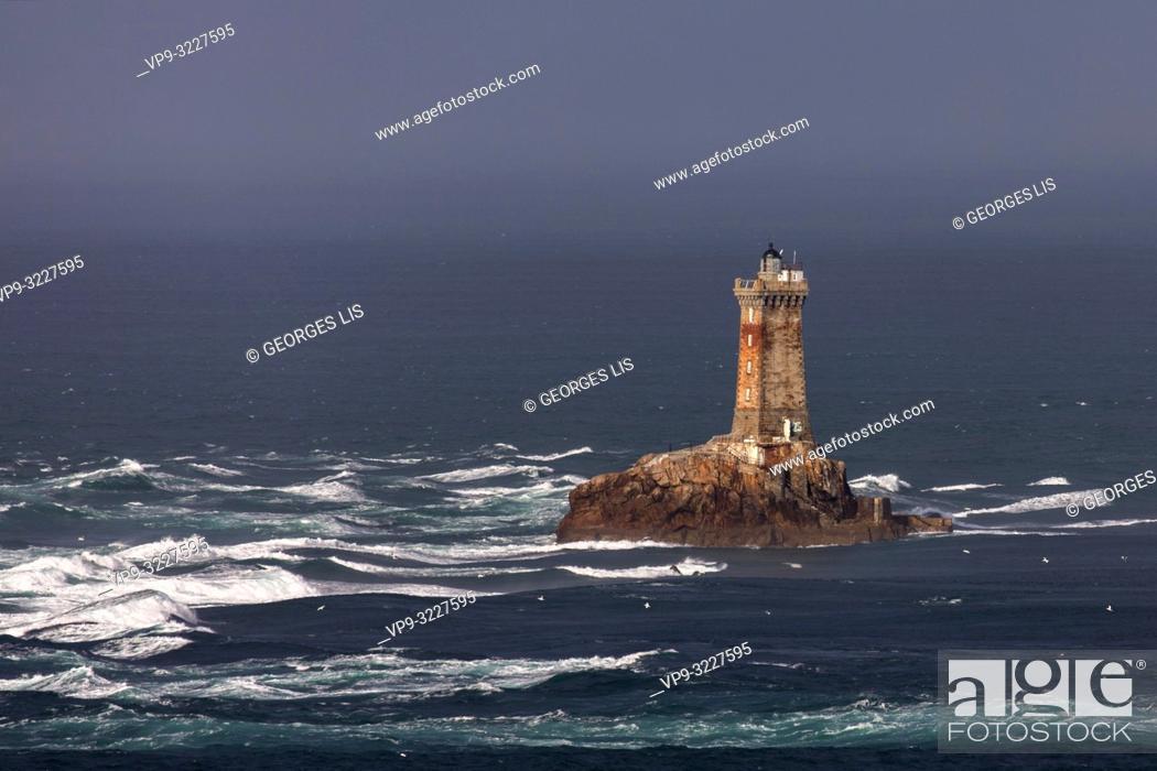 Stock Photo: Pointe du Raz, cape and La Vieille lighthouse Finistere, Bretagne, France.