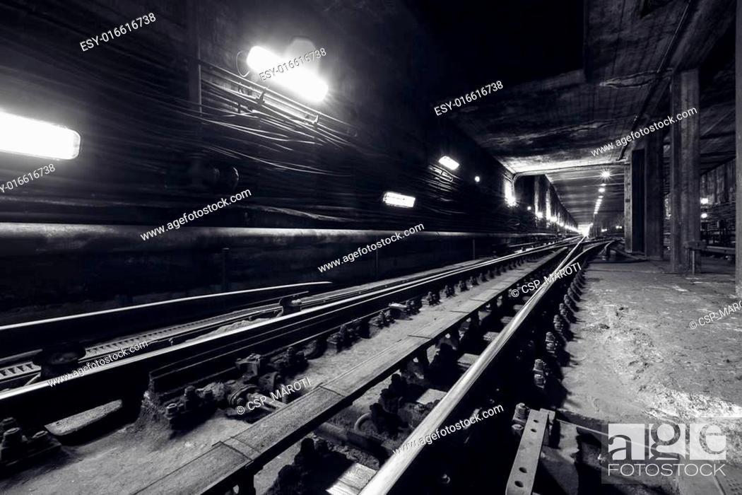 Stock Photo: subway tunnel.