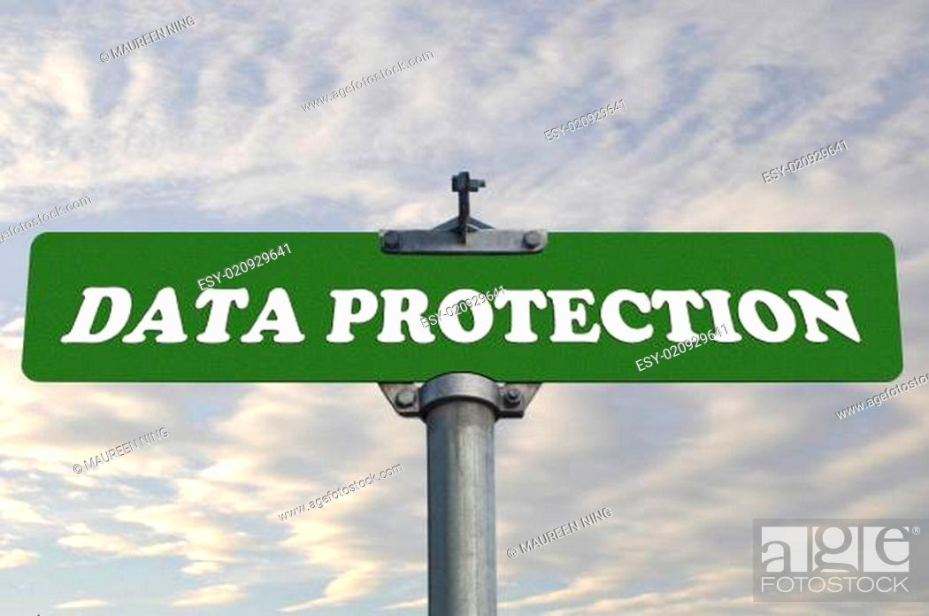 Imagen: Data protection road sign.
