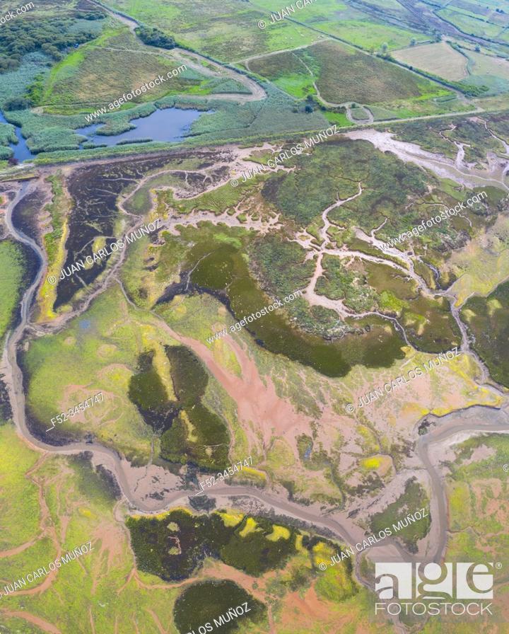 Imagen: Aerial View, Marshes, Ria de Cubas, Miera river, Ribamontan al Mar Municipality, Marina de Cudeyo, Cantabria, Cantabrian Sea, Spain, Europe.