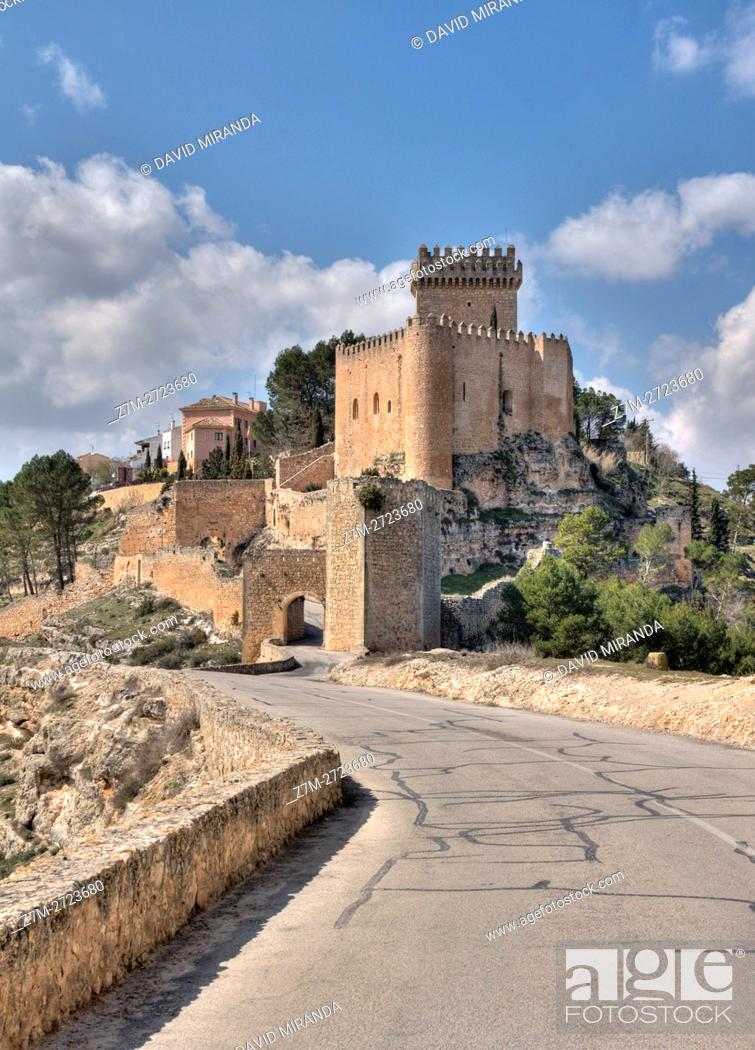 Stock Photo: Alarcón Castle, Cuenca province, Castile la Mancha, Spain. Historic and Artistic Heritage.