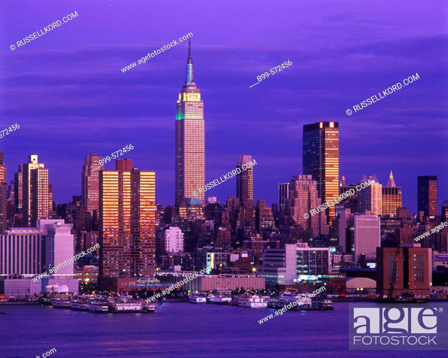 Stock Photo: Empire State Building, Midtown Skyline, Manhattan, New York, USA.