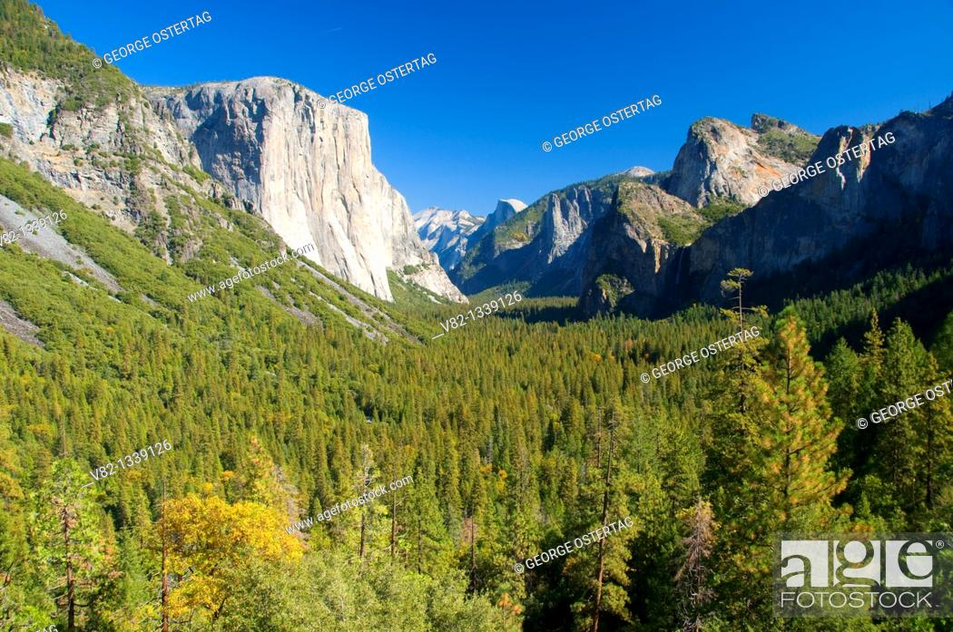 Stock Photo: Yosemite Valley from Tunnel View, Yosemite National Park, CA.