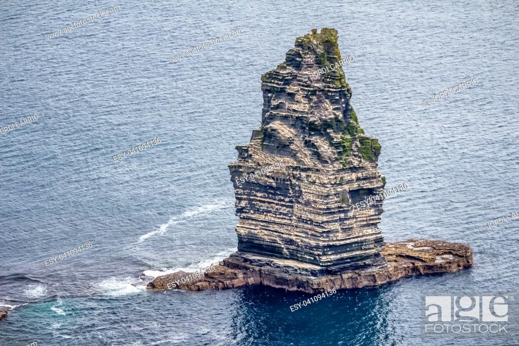 Stock Photo: View of the Branaunmore rock, where thousands of marine birds inhabit it.