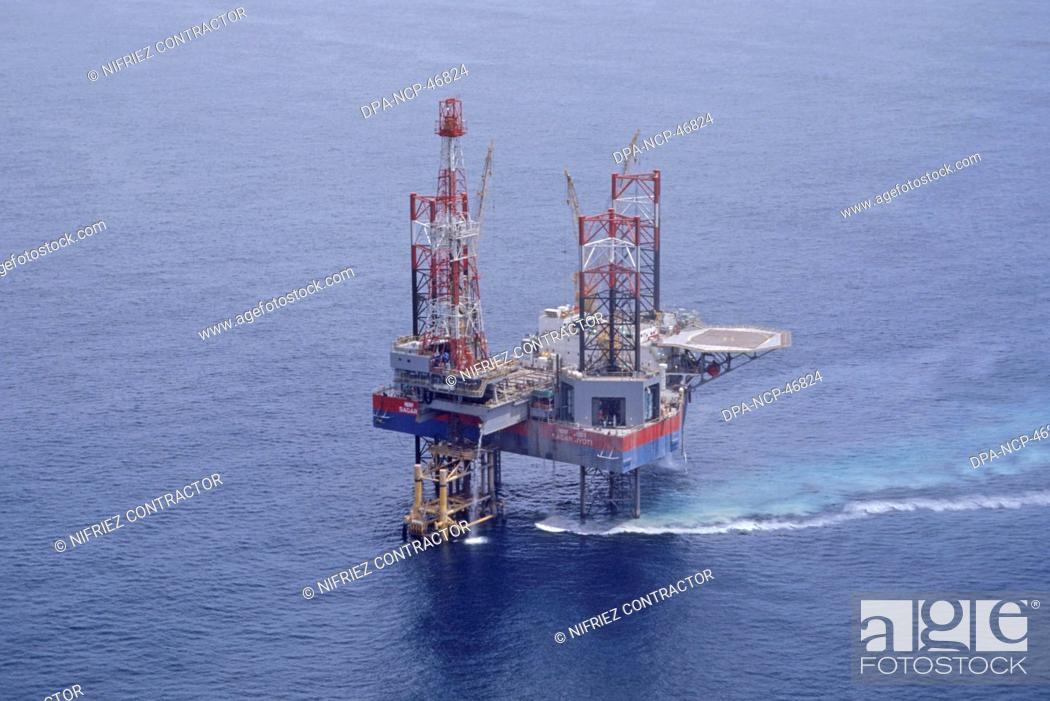 oil rig , india, Stock Photo, Picture And Rights Managed Image  Pic