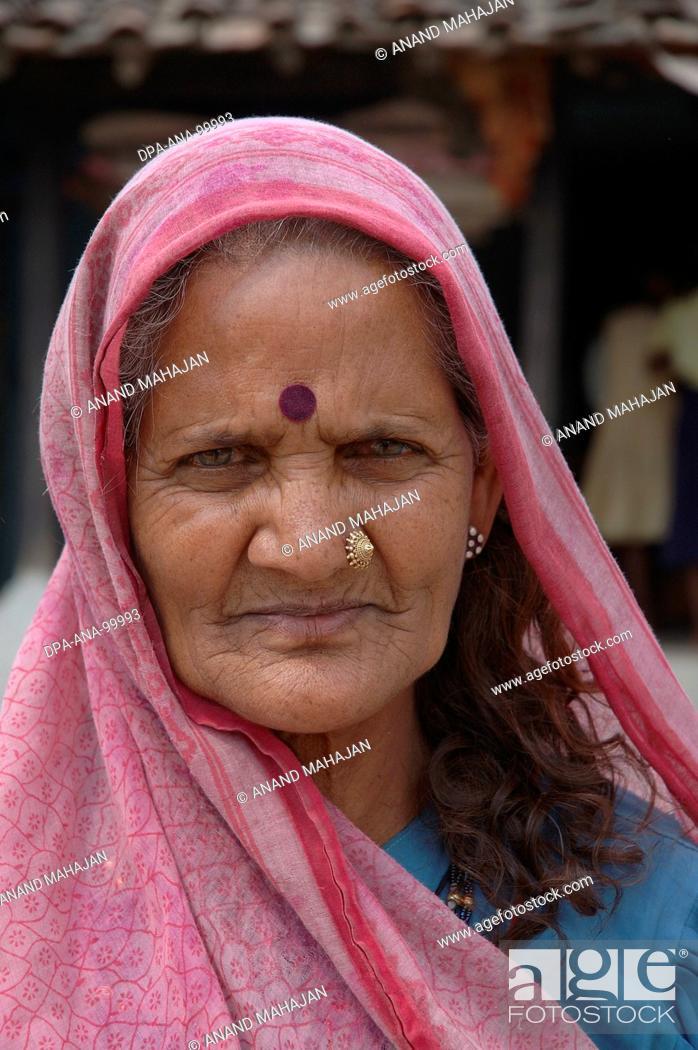 Stock Photo: Indian village woman ,  Village Manghawa , District Narsinghpur , Madhya Pradesh , India.