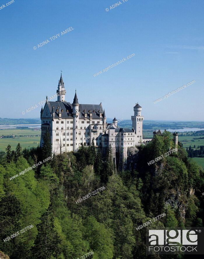 Stock Photo: Germany. Neuschwanstein Castle.