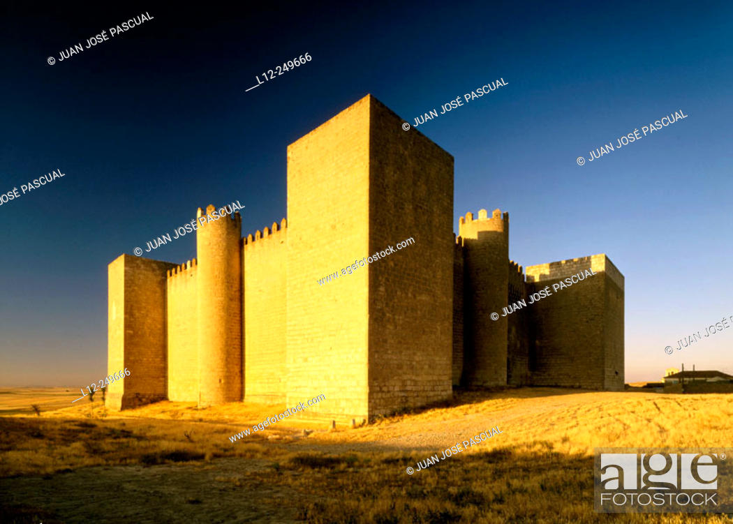 Stock Photo: Montealegre Castle. Valladolid province. Spain.