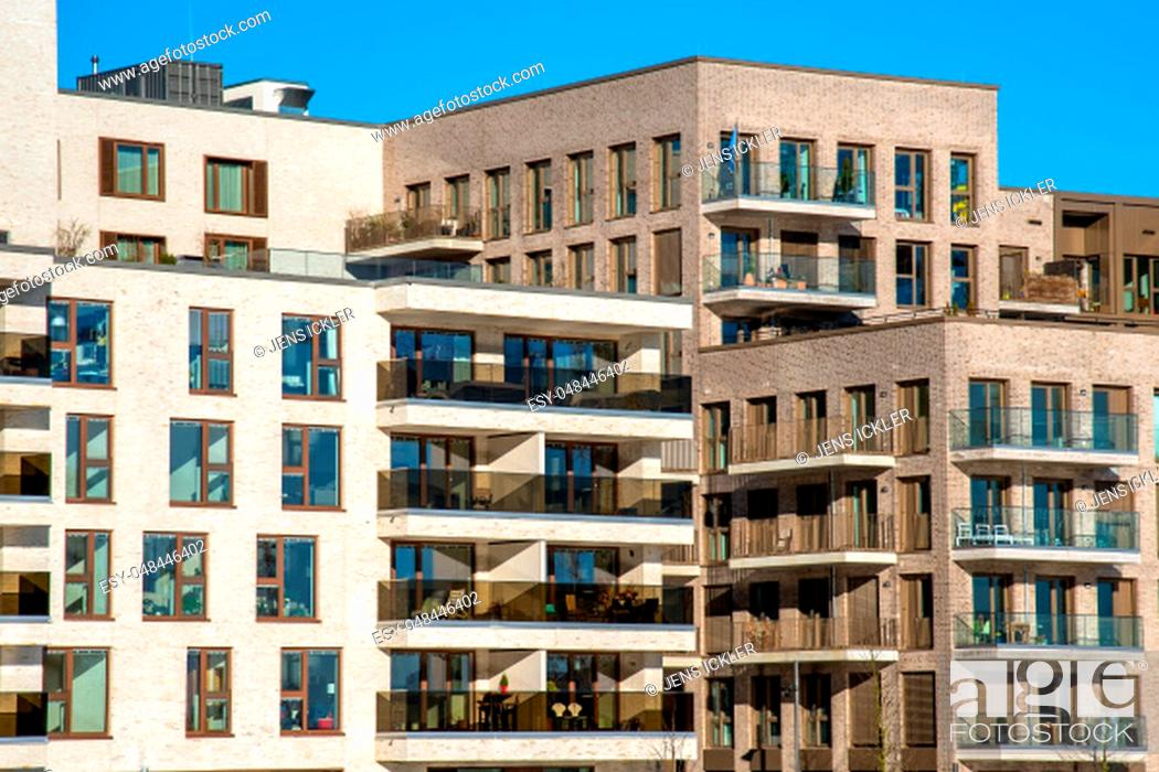 Stock Photo: Apartment houses in the modern Hafencity in Hamburg.