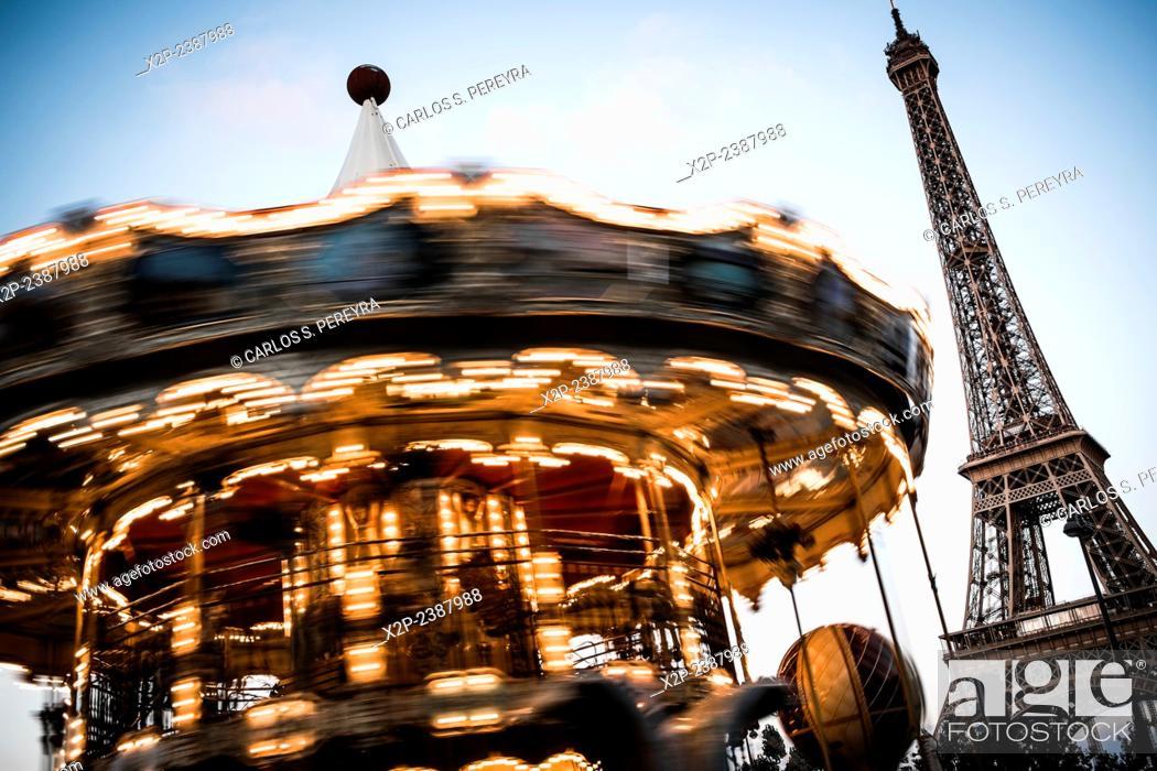 Stock Photo: Eiffel Tower, Paris, France.