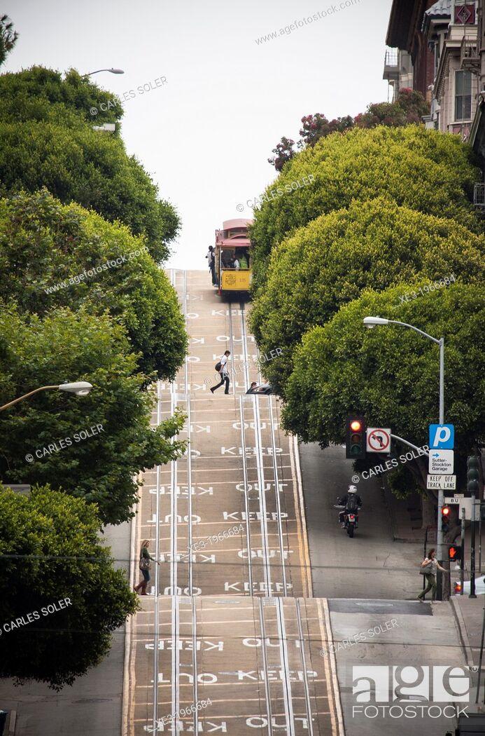 Stock Photo: Taylor Street, San Francisco, USA.