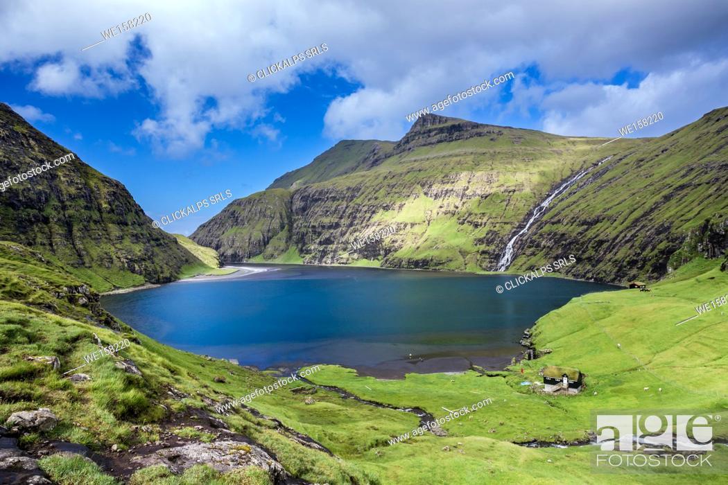 Imagen: Nordic natural landscape, Saksun, Stremnoy island, Faroe Islands, Denmark.