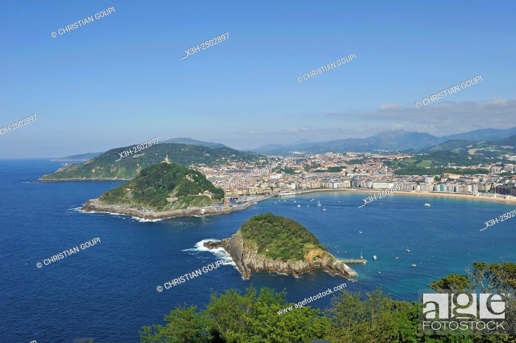Stock Photo: La Concha Bay viewed from the Monte Igeldo, San Sebastian, Bay of Biscay, province of Gipuzkoa, Basque Country, Spain, Europe.