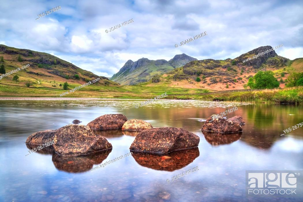 Stock Photo: Langdale Pikes, Lake District, Cumbria, England, UK.