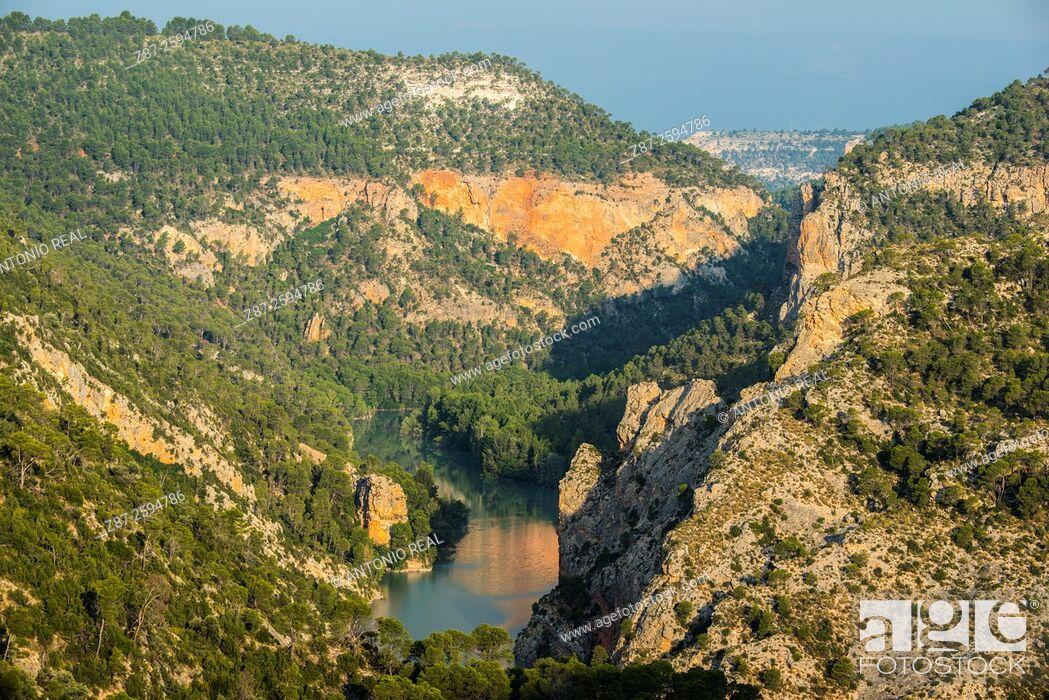 Imagen: Cañón del Río Júcar, Villa de Ves, La Manchuela, Albacete province. Spain.