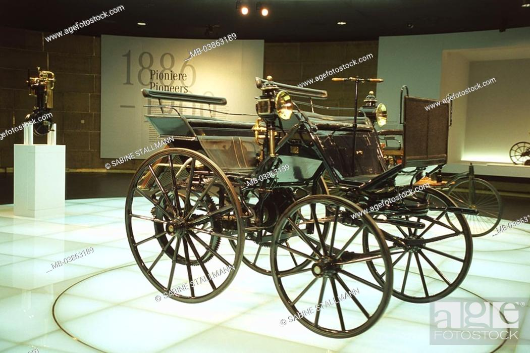Stock Photo - Germany, Stuttgart, Mercedes-Benz museum, 8 Floor, myth-area 1 Daimler motor-carriage 1886 no property release Baden-Württemberg, ...
