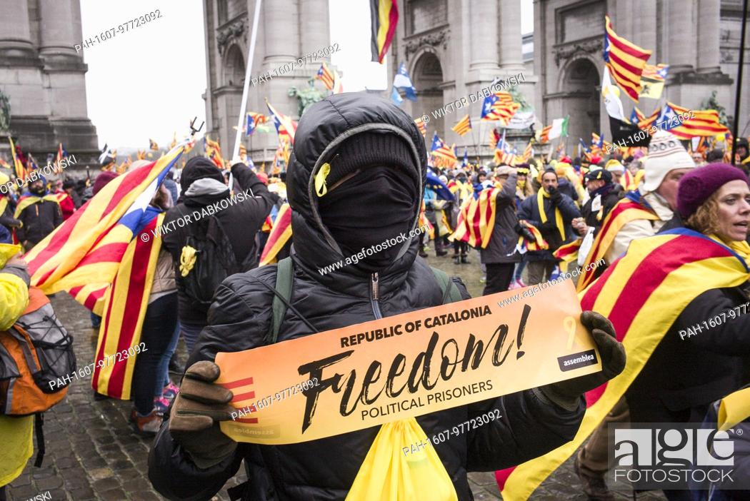 Stock Photo: 'Europe: Wake up! Let's stand up for democracy' Catalans hold the prostest in Brussels, Belgium on 07.12.2017 Around 45000 pro-Catalan independence protesters.