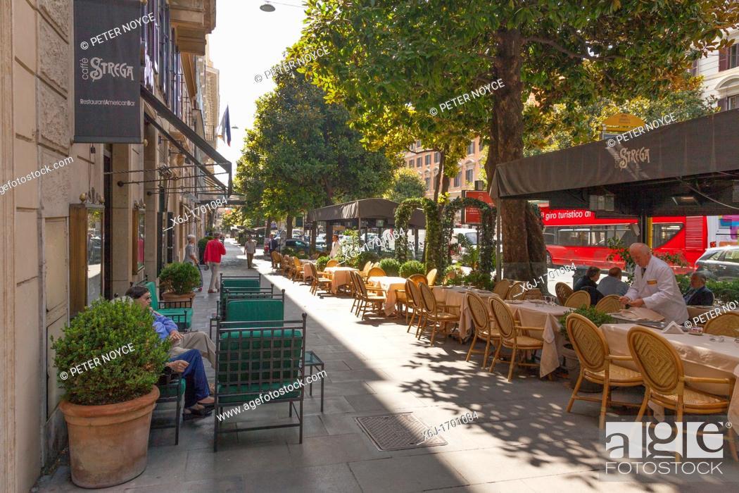 Stock Photo: pavement cafes on the Via Vittorio Veneto in Rome.