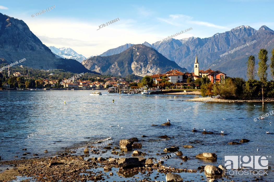 Stock Photo: View over Isola Superiore aka Isola dei Pescatori from Isola Bella, Borromean Islands, Lake Maggiore, Piedmont, Italy.