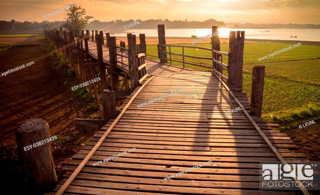 Stock Photo: Ubein Bridge, Mandalay, Myanmar (World longest wooden bridge).