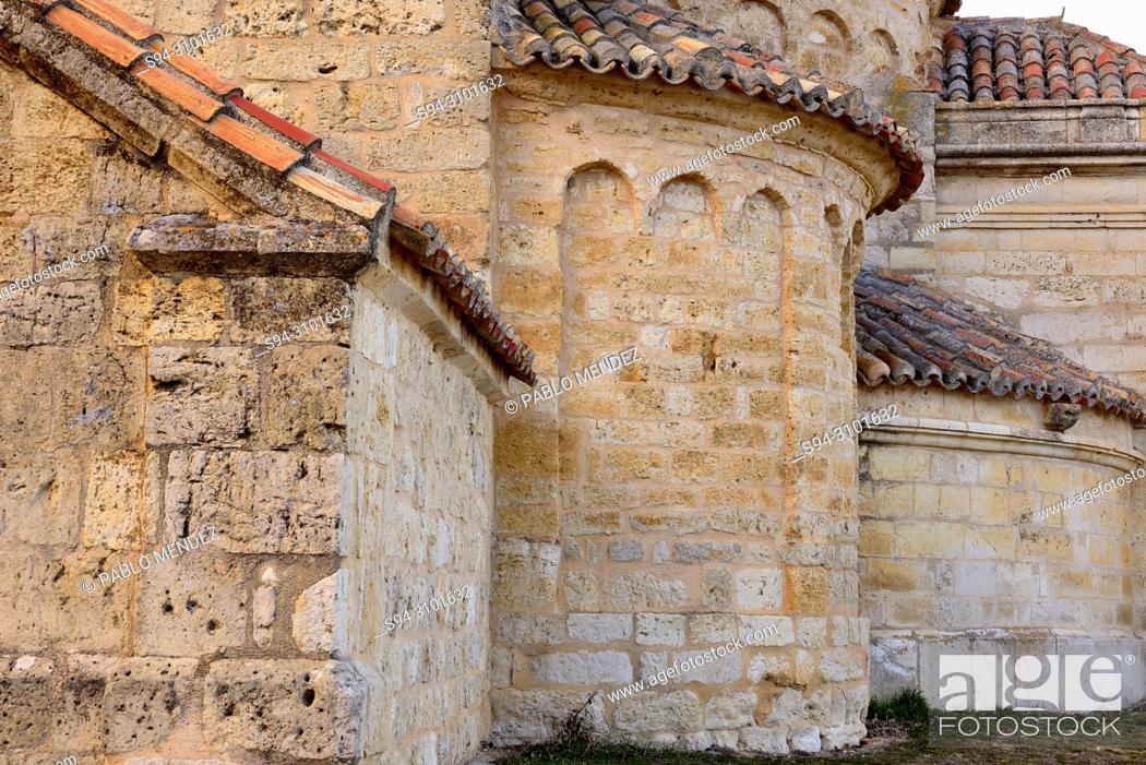 Imagen: Church of Our Lady of La Anunciada, near Urueña, Valladolid, Spain.