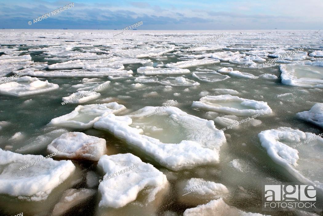 Stock Photo: Frozen Black Sea, a rare phenomenon, occured in 1977 for the last time, Odessa, Ukraine, Eastern Europe.