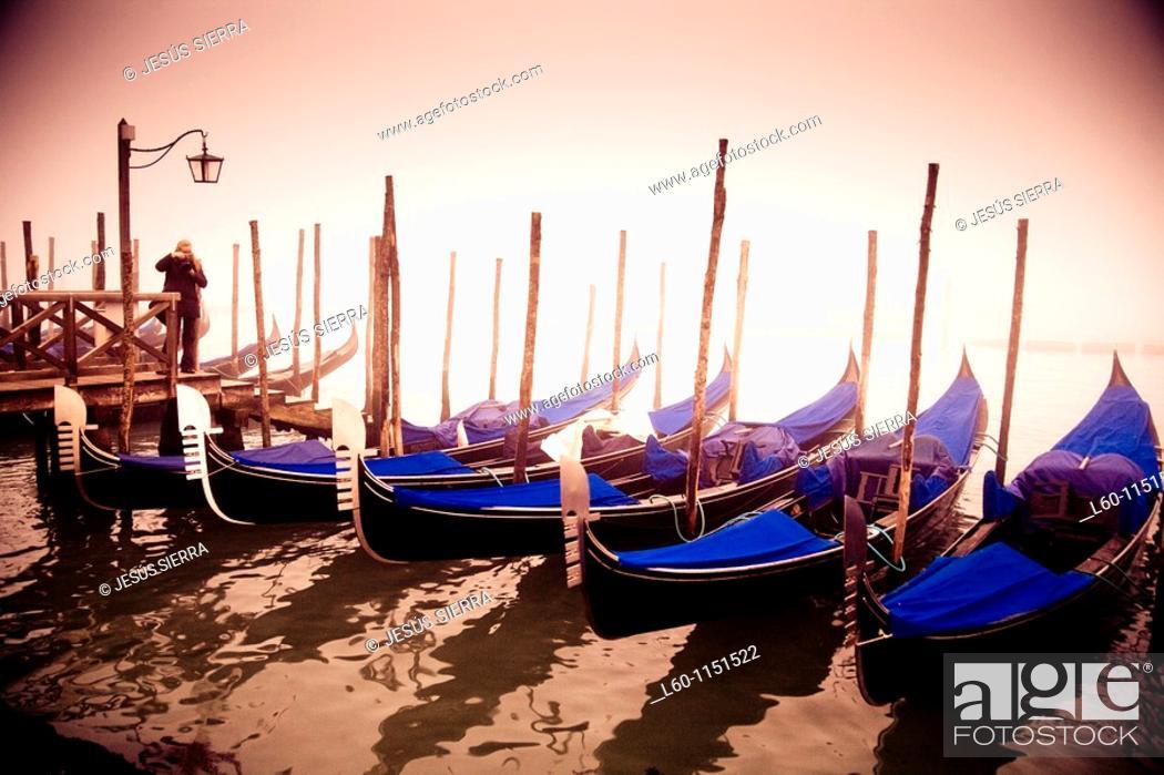 Stock Photo: Photographer in Venice, Veneto, Venice, Italy.