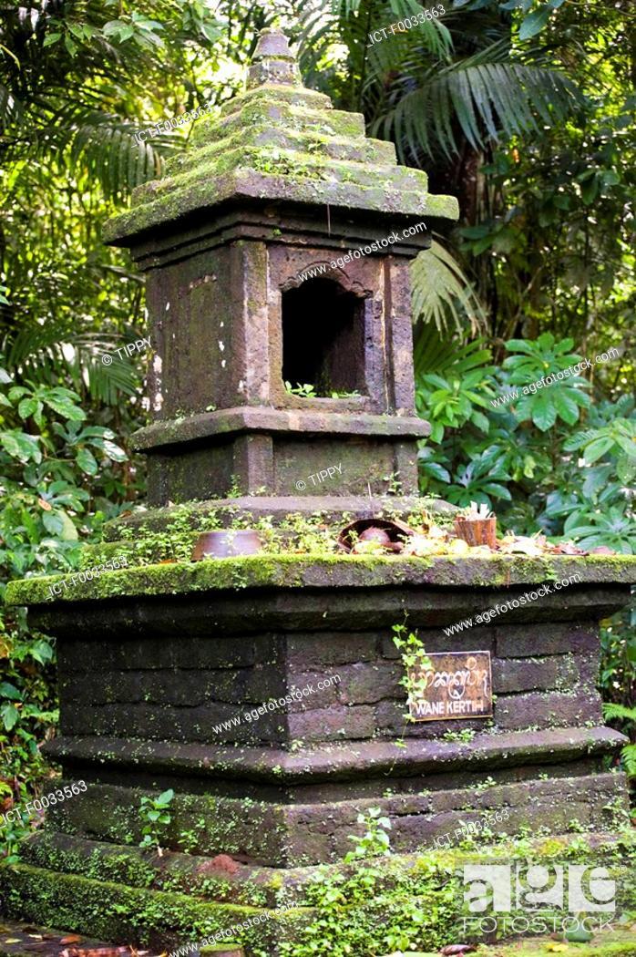 Stock Photo: Indonesia, Bali, temple of Pura Luhur Batukaru, altar.