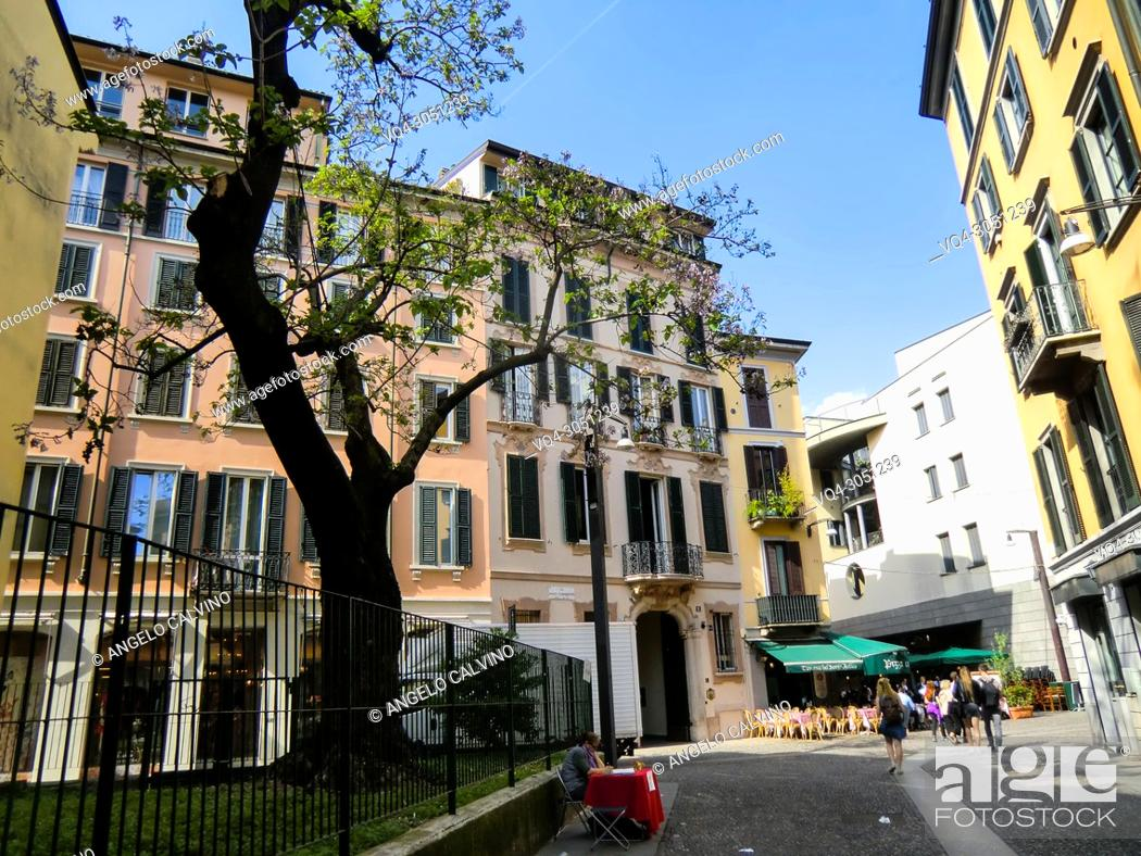 Imagen: Houses along Via Madonnina and Via Formentini, Brera district, central Milan, Milano, Milan, Lombardy, Italy, Europe.