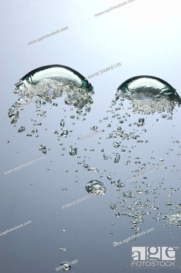 Stock Photo: Air bubbles in water.